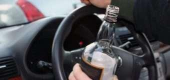 На Волині патрульні зупинили п'яного водія, який віз у машині наркотики