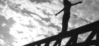 У Львові молода жінка стрибнула з мосту