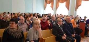 Музейний скандал на Волині: колектив просить депутатів повернути багаторічного директора