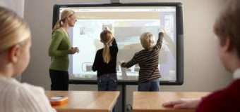 Для луцьких шкіл хочуть придбати мультимедійні смарт-дошки