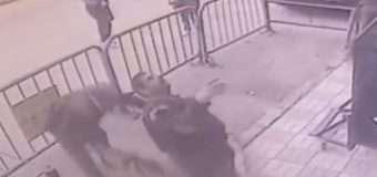 Поліцейський впіймав 5-річного хлопчика, коли той падав із 3 поверху