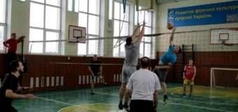 Пульмівська молодь і поліцейські зіграли у волейбол