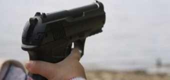 На Волині 6-річна дівчинка з необережності вистрілила в голову своїй 3-річній сестрі
