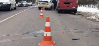 Автомобіль збив 17-річну лучанку, яка переходила дорогу. Дівчина потрапила до реанімації