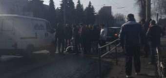 У Луцьку на пішохідному переході автомобіль збив школярку