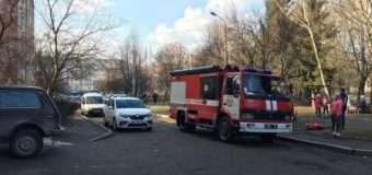 У Луцьку викликали пожежних та поліцію через згорілу їжу