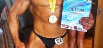Бодібілдер із Луцька здобув дві нові медалі у турнірах