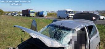 Смертельна ДТП на Рівненщині: легковик зіткнувся з вантажівкою під керуванням лучанина