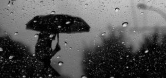 Волинян попереджають про грози й пориви вітру