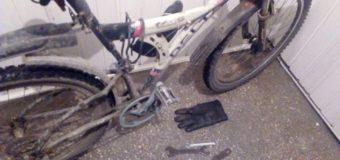 На Волині патрульні виявили чоловіків з велосипедом, які не змоли пояснити, звідки він у них