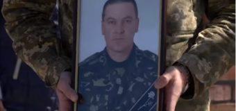 На Волині поховали військовослужбовця, який раптово помер в зоні АТО. Відео