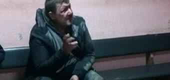 У Луцьку троє молодиків попросили закурити і побили п'яного перехожого