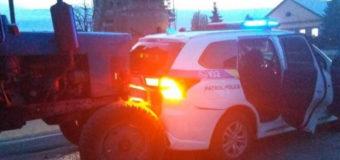 Повідомили деталі ДТП за участю трактора й автомобіля патрульних, що трапилася у Любомлі