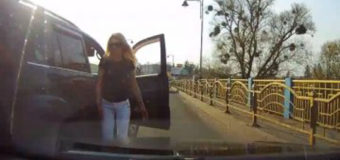 У Луцьку блондинка з джипа лаяла та ображала водійку іншого авто