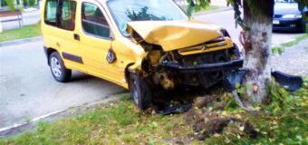 У Ківерцях під час ДТП біля дитсадка постраждали перехожі мама з дитиною