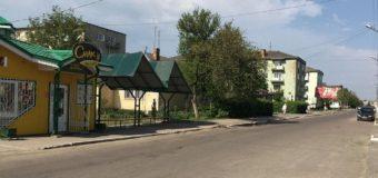 У Нововолинську бус збив 5-річну дівчинку, яка разом із подружками перебігала дорогу
