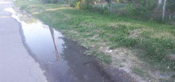 Лучанин викачував нечистоти з вигрібної ями просто на проїжджу частину