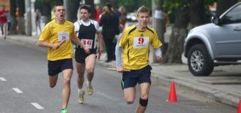 400 найсильніших спортсменів пробігли вулицями Луцька. ФОТО