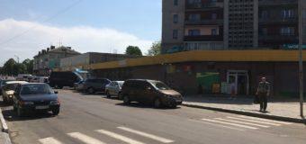У волинянки з автомобіля викрали гаманець, в якому було 13 тисяч гривень
