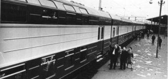 У 1961 році між Львовом і Ковелем курсував потяг з двоповерховими вагонами. ФОТО, ВІДЕО