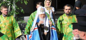 Патріарх Філарет очолив Божественну Літургію у Свято-Троїцькому соборі Луцька