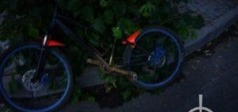 У Луцьку автомобіль збив підлітка на велосипеді