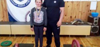 Юна важкоалтетка з Каменя-Каширського виборола перемогу на чемпіонаті України