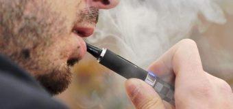 Судили чоловіка, який попросив покурити електронну сигарету й утік з нею