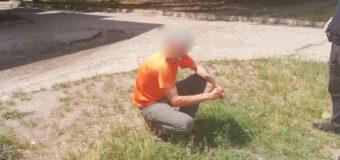 У Ковелі патрульні помітили чоловіка, який мав при собі підозрілі речовини