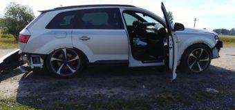 На Маневиччині Audi злетіла в кювет