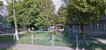У Нововолинську біля дитсадка у виховательки вкрали велосипед