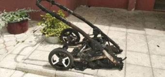 У Луцьку в двох під'їздах багатоповерхівки невідомі підпалили дитячі коляски