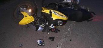 У селі на Волині вночі мотоцикліст збив дівчину