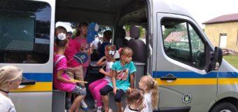 У селі на Волині патрульні провели спортивно-розвивальний квест для дітей. ФОТО