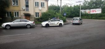 У центрі Луцька зіткнулися два автомобілі