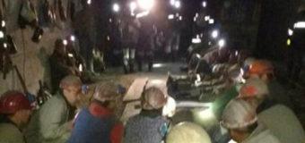 Волинські шахтарі, які два дні протестували під землею, піднятися нагору