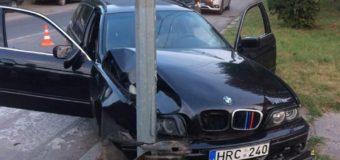 У Ковелі нетверезий водій на BMW врізався в електроопору