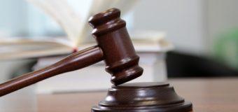 У Луцьку судили злодія-невдаху, який намагався викрасти «ВАЗ» із подвір'я нічного клубу