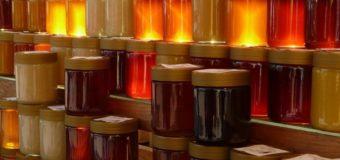 Волинський пасічник радить, як вибрати натуральний мед