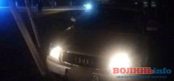 У Луцьку п'яний водій протаранив електроопору