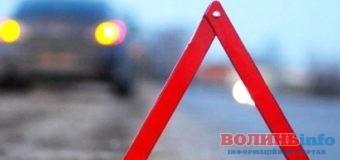 На Волині п'яний водій вантажівки з'їхав в кювет: пасажир загинув