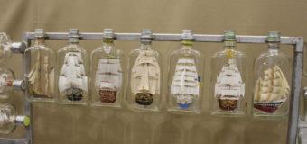 Волинянин створив унікальну колекцію вітрильників у пляшках. ФОТО
