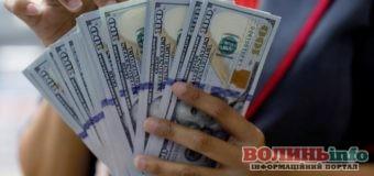 Долар виросте до кінця року – прогноз економіста