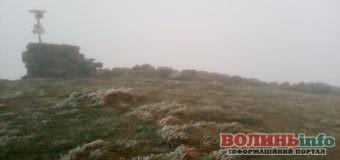 В Карпатах випав перший сніг