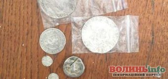 Литовець намагався провезти через кордон монети