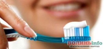Як правильно чистити зуби: поради стоматологів