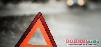 У ДТП на перехресті Гнідавська-Потебні постраждало немовля