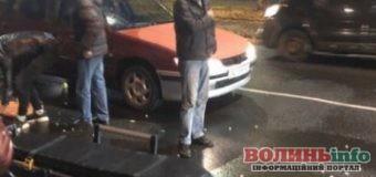Авто збило дівчину на переході: деталі ДТП