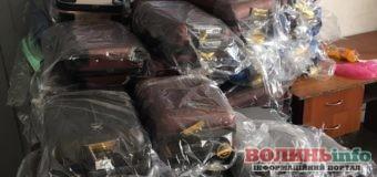 640 незадекларованих валіз намагалися провезти через Ягодин