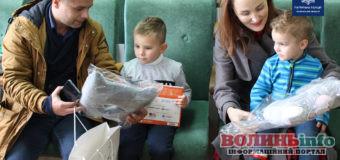 «Посадіть дитину в автокрісло» – переможці флешмобу отримали нагороди